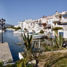 Vivre dans une villa dans la Costa Brava, les bons plans pour dégoter les meilleures offres de vente